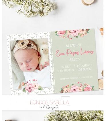Invitación de bautizo verde con flores para niña