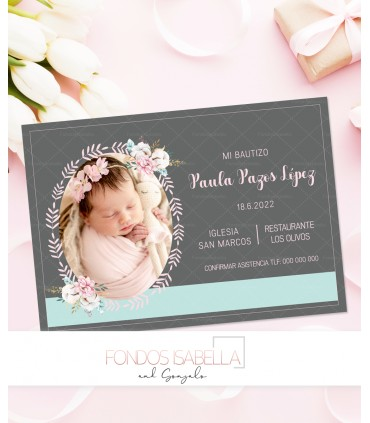 Invitación de bautizo con marco de flores para niña
